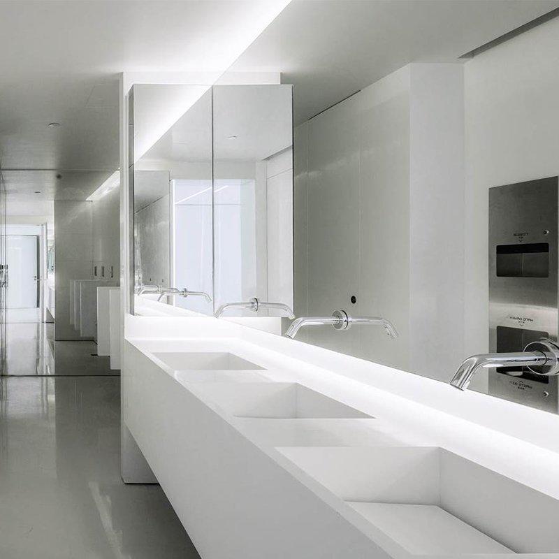 Bathroom application case